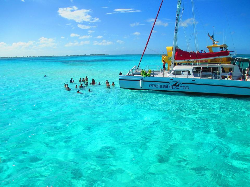 latinvfr cayman islands